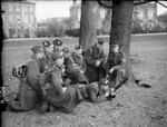 Men of 161 Infantry Officer Cadet Training Unit of Royal Military College with 2-inch mortar, Royal Military Academy, Sandhurst, Berkshire, England, United Kingdom, 1940