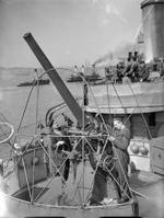 76mm anti-aircraft gun aboard ORP Blyskawica, Britain, 13 Sep 1940