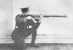 Major Robert Blair with Huot automatic rifle, 1918