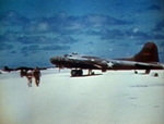 B-17E aircraft being serviced at Eastern Island, Midway Atoll, May-Jun 1942, photo 2 of 2