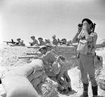 British troops at a defensive position near El Alamein, Egypt, 17 Jul 1942