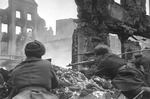 Soviet troops fighting in Königsberg, East Prussia, Germany, Apr 1945