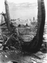 US Marine fighting on Tarawa, Gilbert Islands, Nov 1943