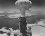 Mushroom cloud over Nagasaki, Japan, 9 Aug 1945, photo 8 of 9