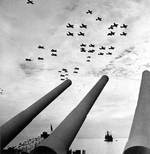 American aircraft fly over USS Missouri after the surrender, photo 1 of 3