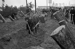Russian civilians building defensive fortifications in Moscow, Russia, 1 Oct 1941