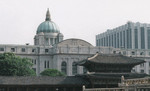 General Goverment Building, Seoul, Korea, Jun 1995; note Gyeongbokgung palace structure in foreground