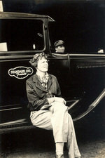 Amelia Earhart at Wheeler Field, US Territory of Hawaii, Jan 1935