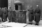 German troops seizing Italian artwork at Piazza Venezia, Rome, Italy, 4 Jan 1944, photo 2 of 3