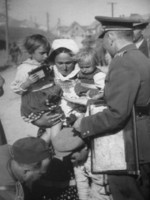 Ferdinand Catlos with Ukrainian civilians in Poland, Sep 1939, photo 3 of 3