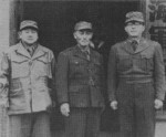 Chung Il-Kwon with other officers, 1950s