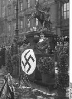 Hermann G?ring speaking at a military gathering, 18 Jan 1936