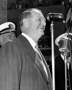 Knox gave a speech at US Naval Hospital in San Diego, Jun 1943