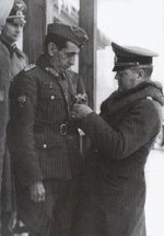 Spanish General Agustín Muñoz Grandes receiving an award, circa 1941-1942