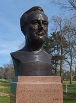 Bust of Franklin Roosevelt at the Franklin D. Roosevelt Presidential Library and Museum, Hyde Park, New York, United States, 14 Apr 2012