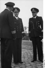 Ruge speaking to other German naval officers, 1941