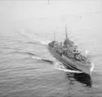 Polish destroyer Garland underway, 7 Apr 1945