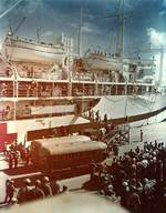 Hospital ship Tranquillity arrived at Guam with survivors of Indianapolis, 8 Aug 1945, photo 3 of 3