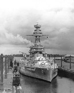 Texas in the Gatun Locks of Panama Canal, en route to the US east coast, 21 Jun 1937
