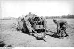 German troops with a 15 cm NbW 41 launcher, Russia, fall 1943, photo 2 of 4