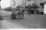7.5 cm PaK 40 anti-tank gun in an Italian town, 1943