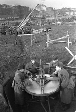 Setting up a 76 mm anti-aircraft gun battery at Moscow, Russia, 1 Nov 1941
