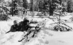Finnish soldiers with Lahti-Saloranta M/26 light machine gun on the western shore of Vyborg Bay, Finland, 1940