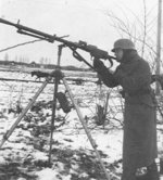 German soldier with MG 13 machine gun, date unknown